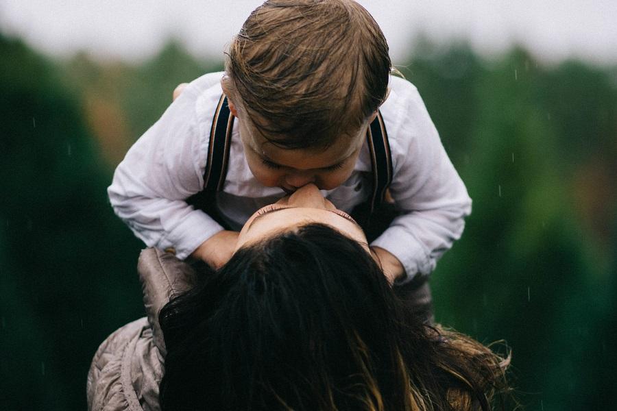 אמא ובן - סדנאות ותכניות ליווי - יעל דורון יבין