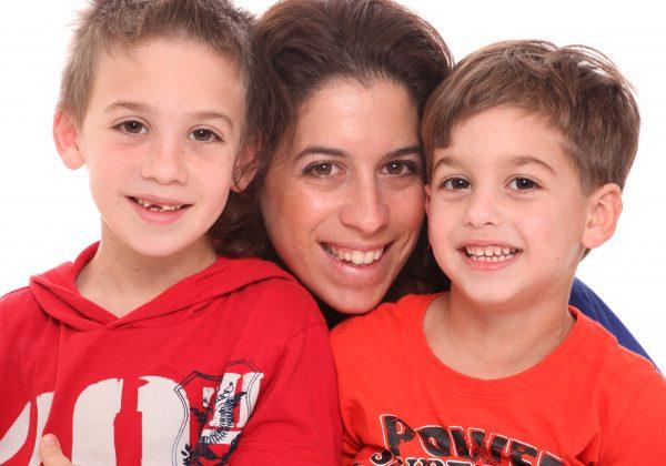 איך ללמד את עצמך והילדים מיקוד חיובי יומיומי?